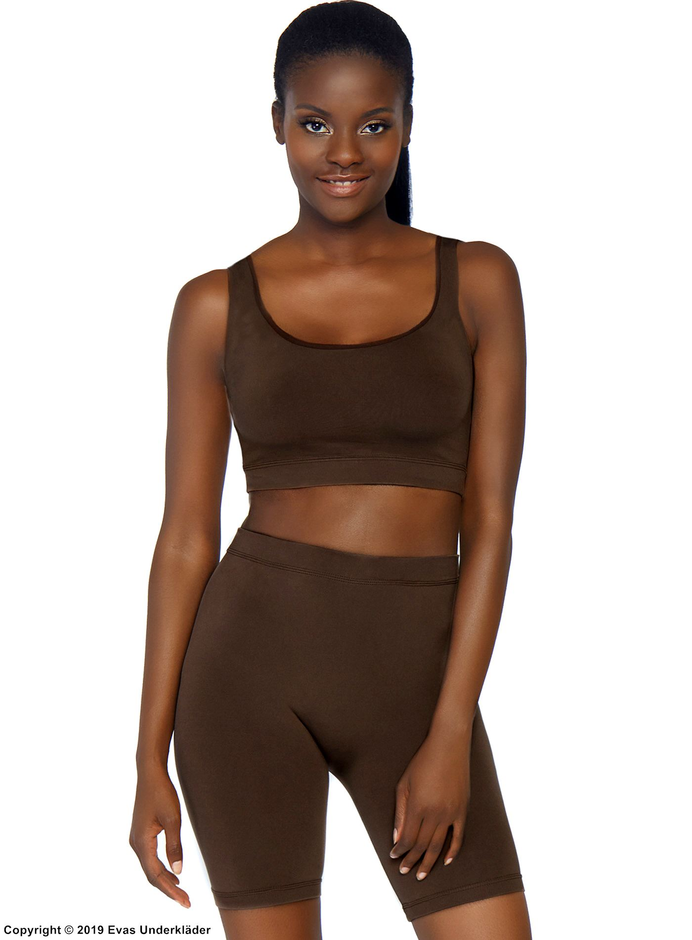 Crop tank and bike shorts, opaque fabric, seamless